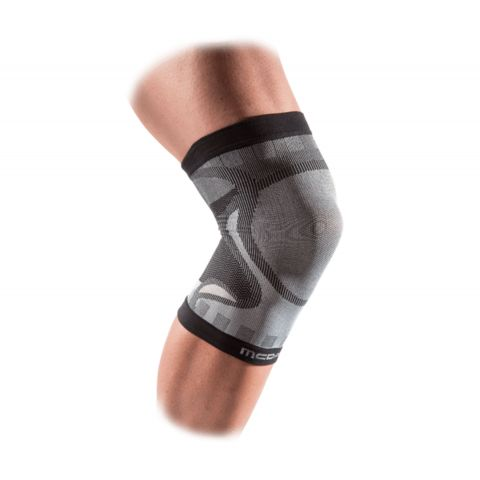 McDavid-FreeLastics-Knee-Sleeve