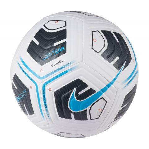 Nike-Academy-Team-Voetbal
