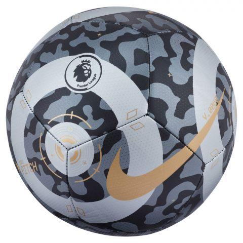 Nike-Premier-League-Pitch-Voetbal-2108241807